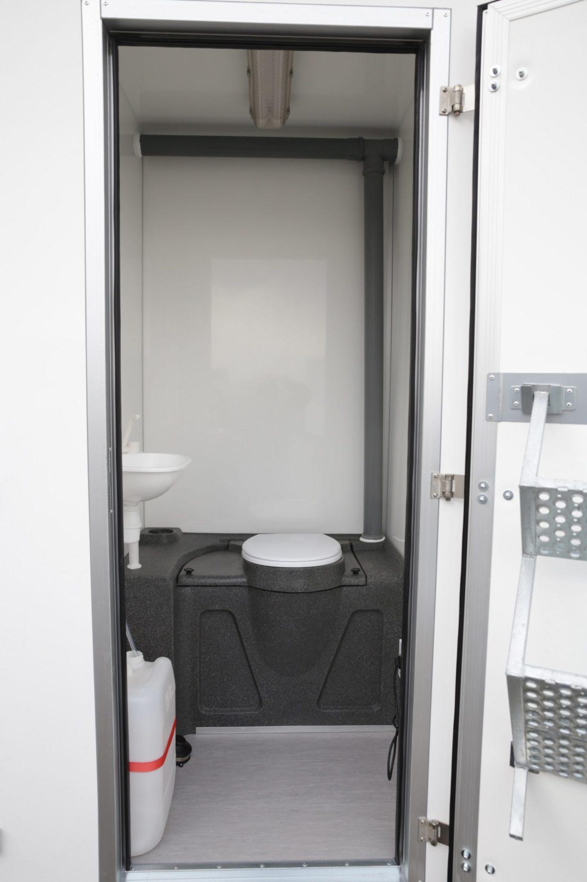 Toalettvogn <br>RESPO 420 8 toaletter 5