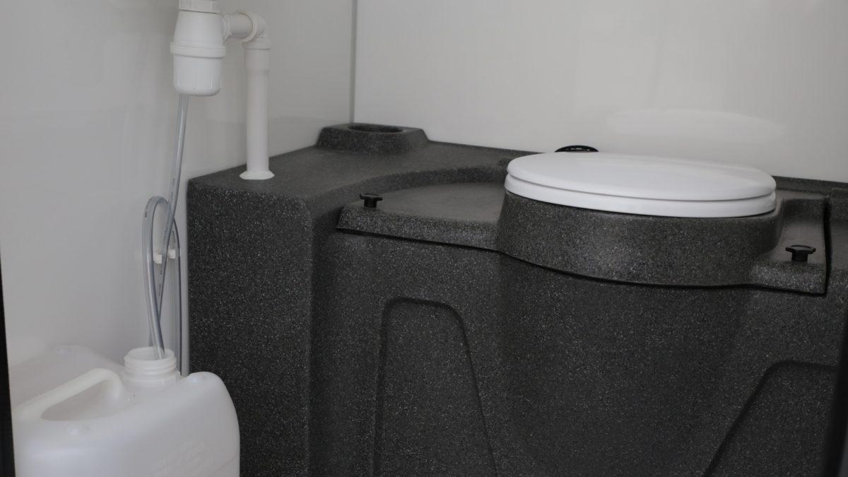 Toalettvogn <br>RESPO 420 8 toaletter 10