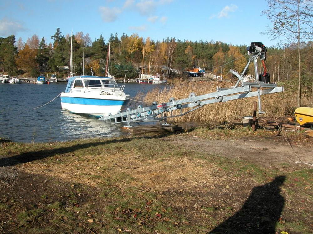 BÅLSTA-SLÄPET <br> Båtslipp 2000 5