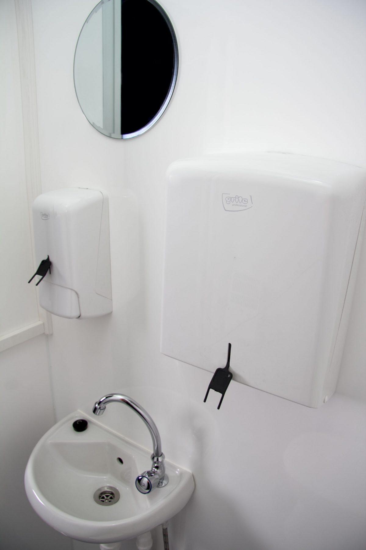 RESPO Toalettkabin 13